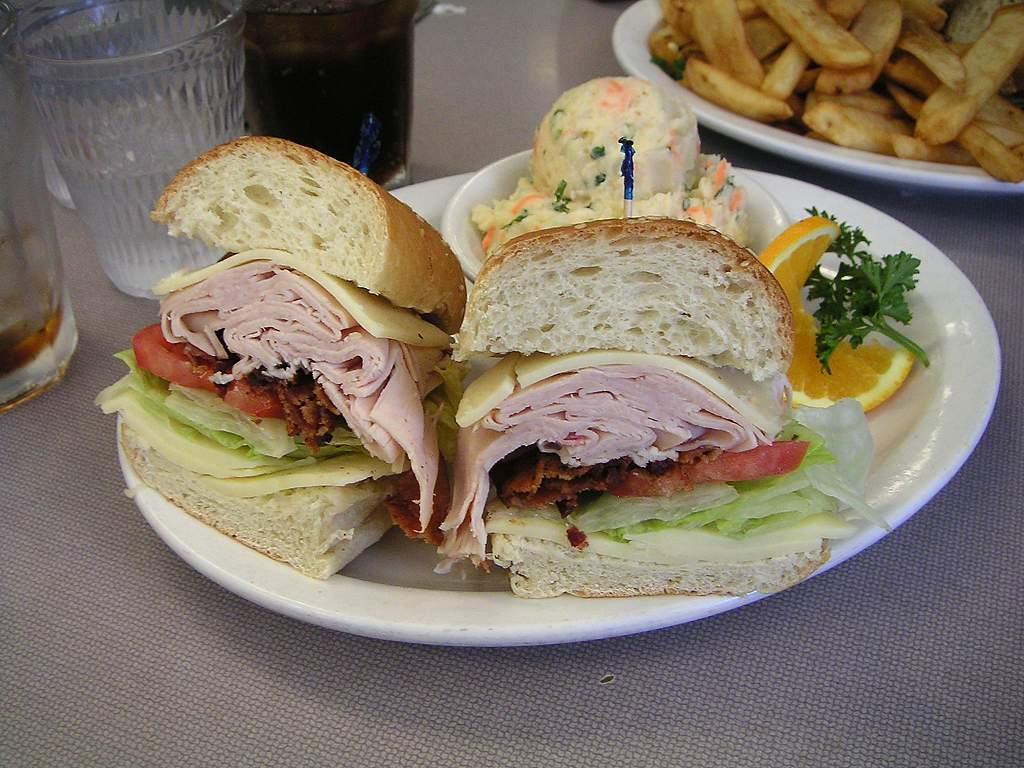 Napa Wine Tour Drivers ™ deli-sandwiches Lunch to you